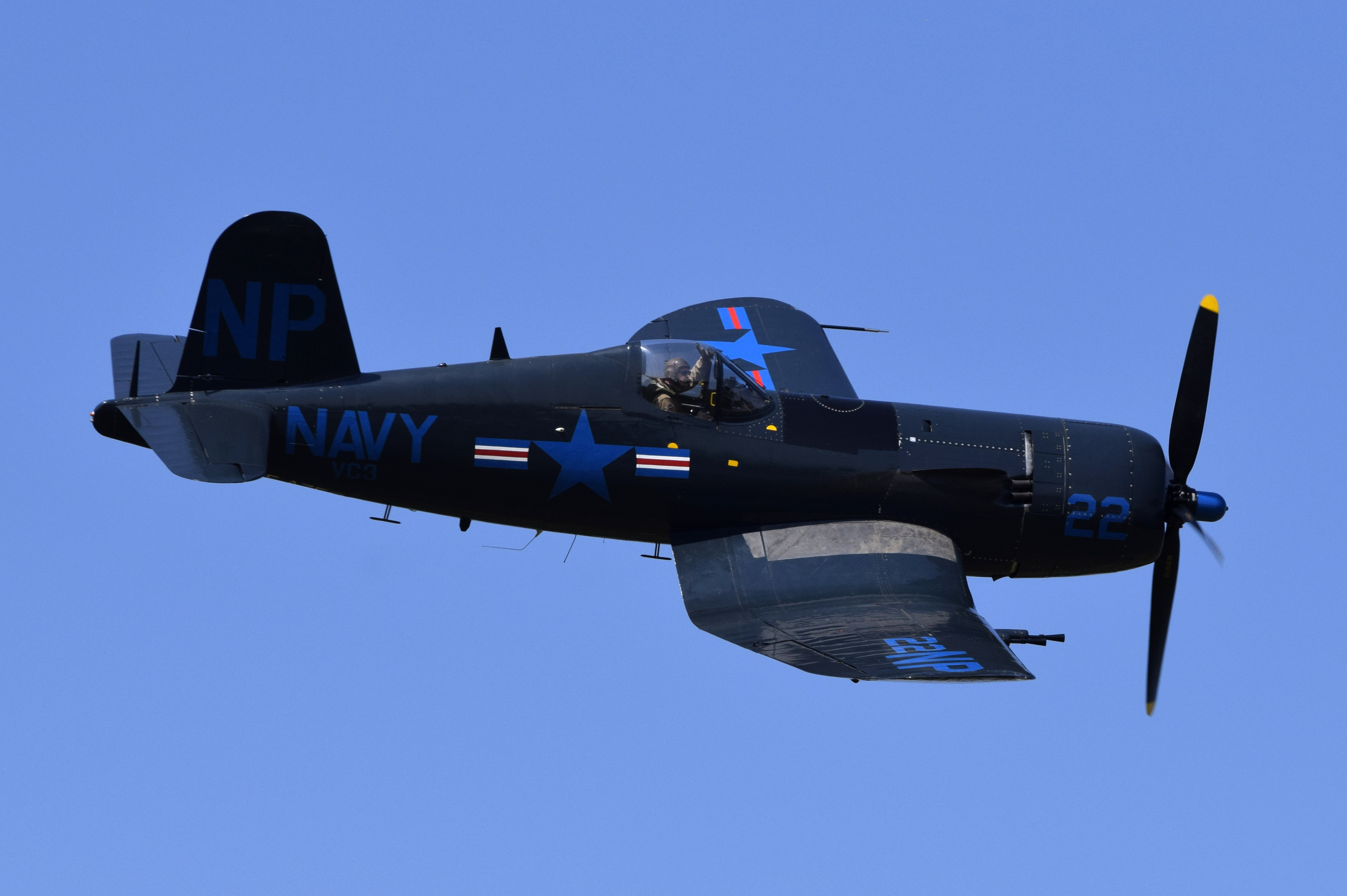 Chance Vought F4U-5NL Corsair  (F-AZEG)